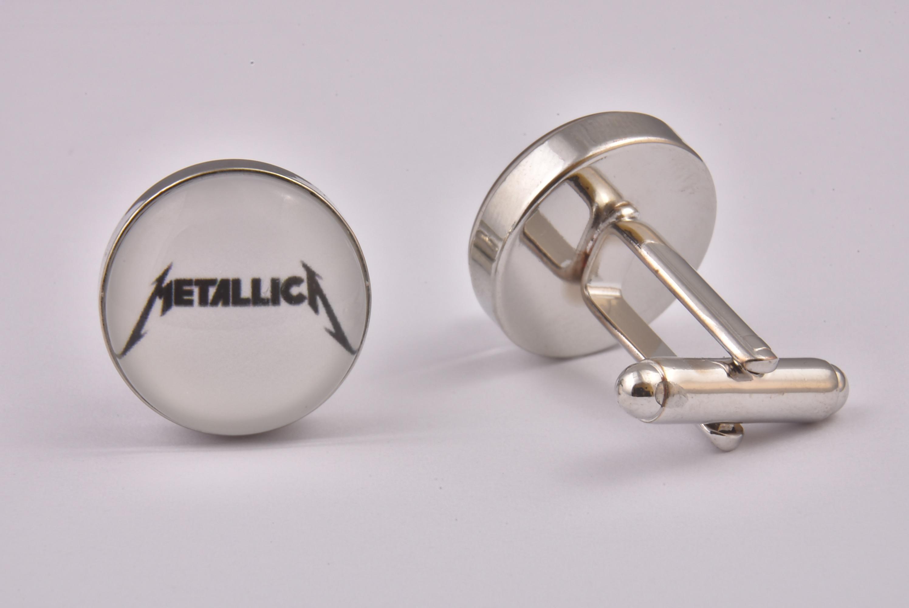 bouton de manchette metallica