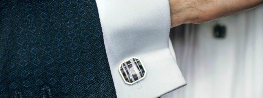 How to wear cufflinks correctly