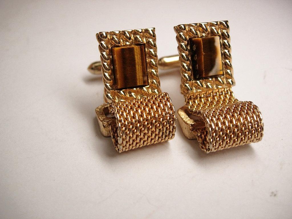 vintage cufflinks gold